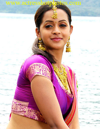 Kamapisachi Telugu Actress Without Dresses